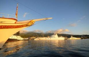 Papeete port 2013